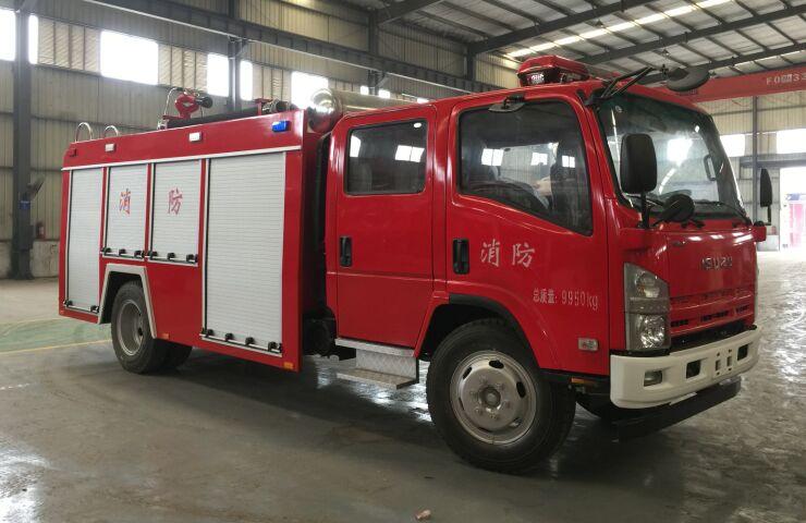 庆铃五十铃4吨水罐/泡沫消防车